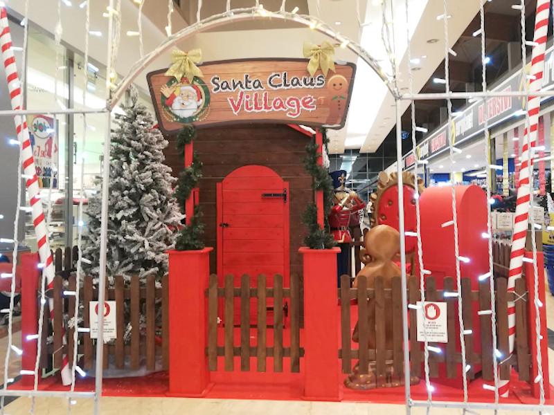 village santa claus3 1